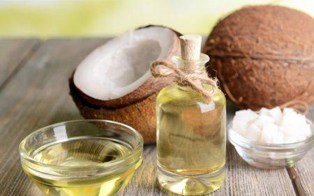 3 Cách sử dụng tinh bột nghệ và dầu dừa để làm đẹp sau sinh