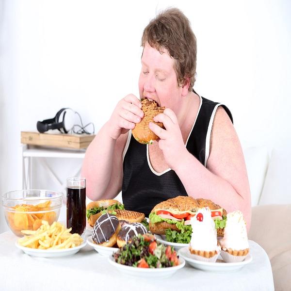 Chế độ ăn uống không khoa học dễ gây viêm loét dạ dày tá tràng