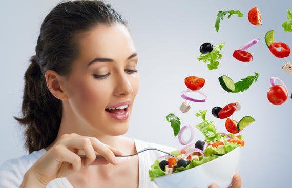 Chăm sóc sức khỏe sau sinh với chế độ dinh dưỡng