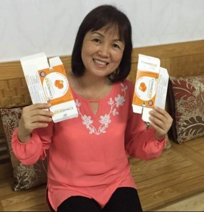 Khách hàng Bùi Tuyết Minh chia sẻ CumarGold sử dụng rất tốt cho hỗ trợ điều trị viêm loét dạ dày, giúp hết đau dạ dày lành nhanh vết loét