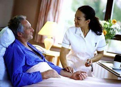 """4 lưu ý """"sống còn"""" khi chăm sóc bệnh nhân ung thư phổi giai đoạn cuối"""
