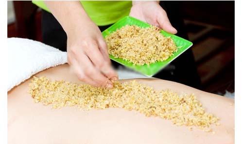 Bí quyết làm đẹp sau sinh massage bằng gừng tươi cho da săn chắc