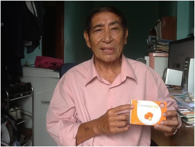Ông Vương Văn Mau và vợ đã khỏi đau dạ dày sau 10 năm nhờ CumarGold