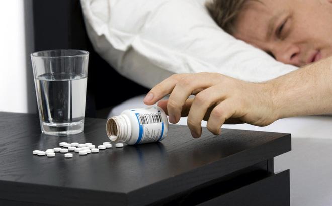 Nắm vững nguyên tắc, dùng thuốc điều trị dạ dày chính xác