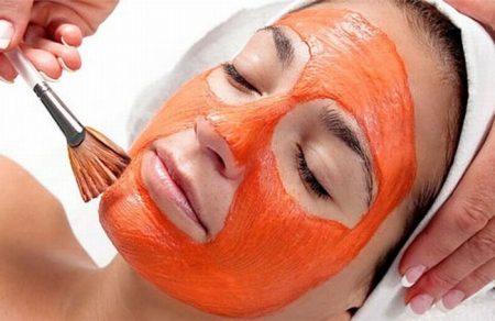 """10 nguyên tắc """"vàng"""" khi làm đẹp da mặt sau sinh"""