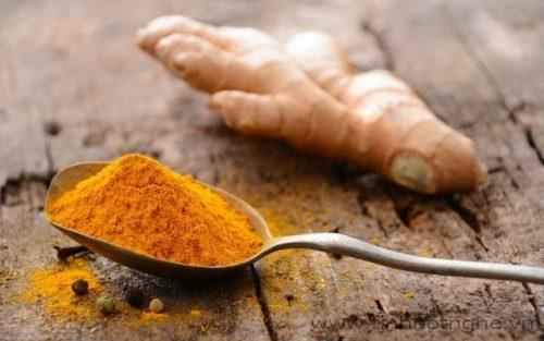 Nghệ được dùng nấu kèm trong các món ăn cho phụ nữ đau dạ dày khi đang mang thai.