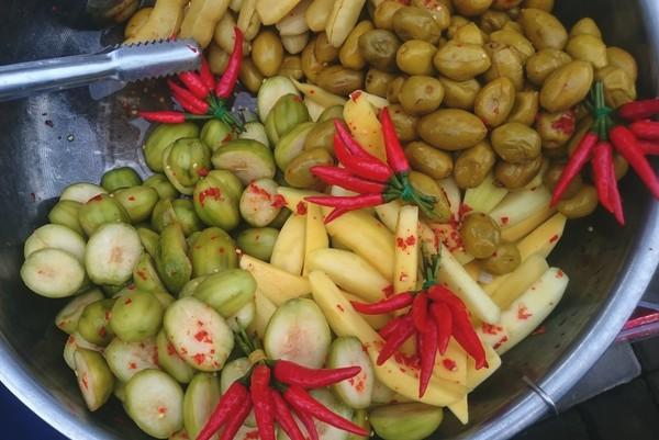 Viêm dạ dày kiêng ăn gì? – những món ăn gây kích thích dạ dày