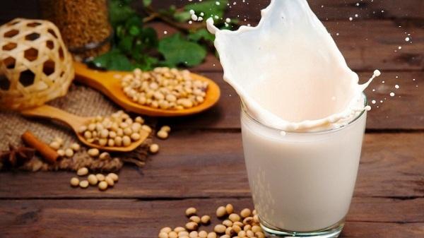 Đau dạ dày uống sữa được không
