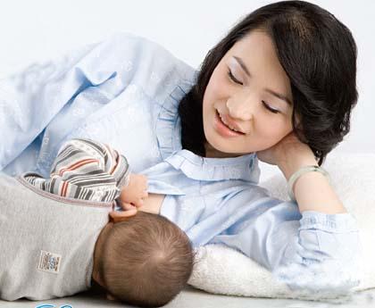 cho con bú sữa mẹ giảm nguy cơ ung thư vú