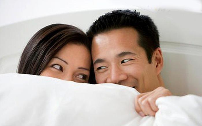 đau dạ dày có ảnh hưởng tới quan hệ vợ chồng không
