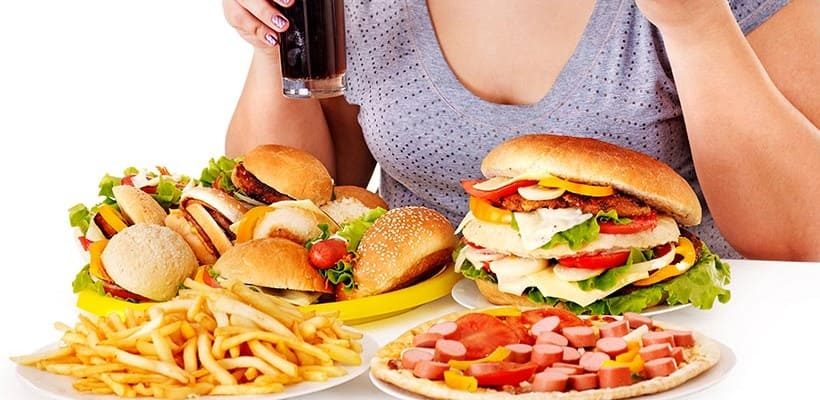 Chế độ ăn uống không hợp lý gây đau dạ dày