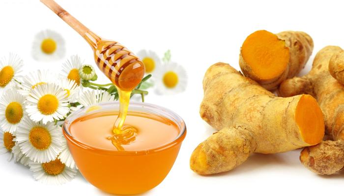 Mật ong kết hợp với nghệ là bài thuốc dân gian phổ biến trị dạ dày