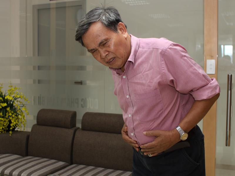 người cao tuổi thường bị bệnh đau dạ dày