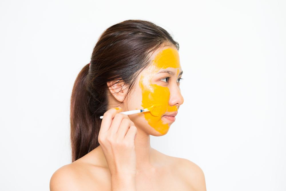 Cách làm đẹp sau sinh với nghệ bằng cách đắp mặt