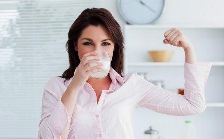 Đau dạ dày uống sữa được không? chế độ ăn uống thế nào