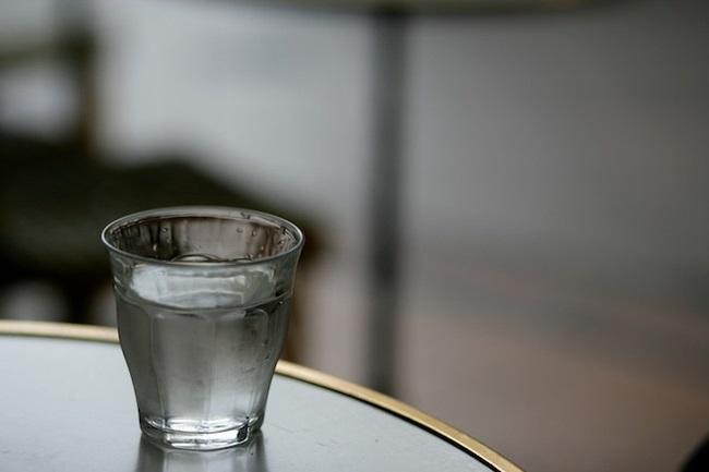 """Nước bị """"thiu"""" có chứa nhiều vi khuẩn có hại"""
