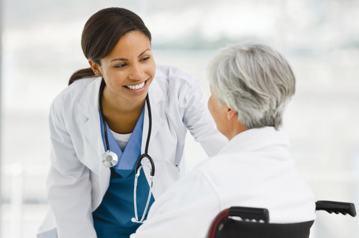 Bệnh nhân cần tuân thủ đúng pháp đồ điều trị viêm loét dạ dày có HP.