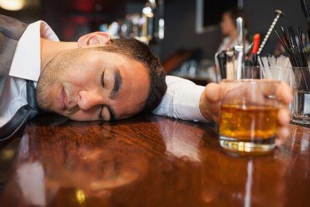 Ngày Tết – Say nghĩa say tình chớ say rượu say bia