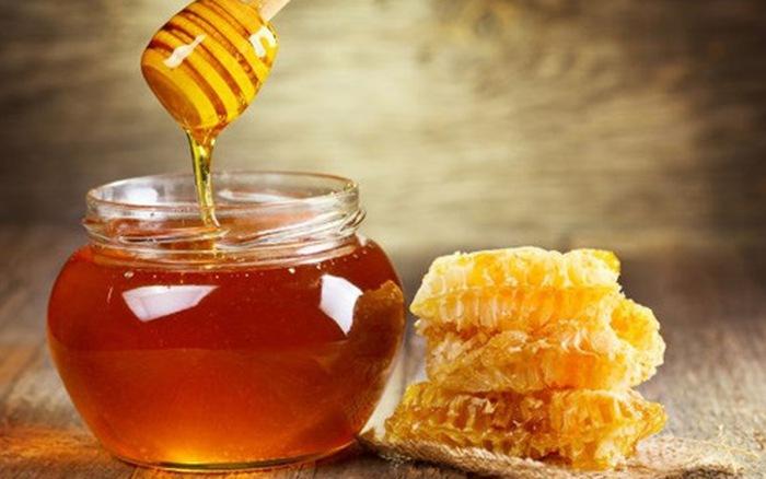 Dùng mật ong làm thuốc chữa đau dạ dày
