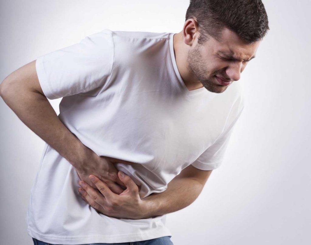 Viêm loét dạ dày có thể gây nhiều biến chứng nguy hiểm.