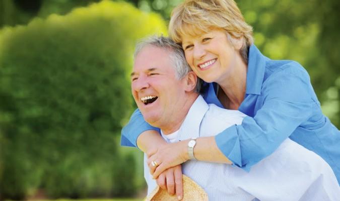 Tinh bột nghệ giúp tăng cường sức khỏe, kéo dài tuổi thọ.
