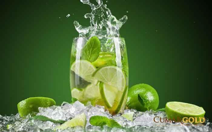Một ít nước chanh lại có khả năng giúp các cơn đau dạ dày giảm bớt hiệu quả