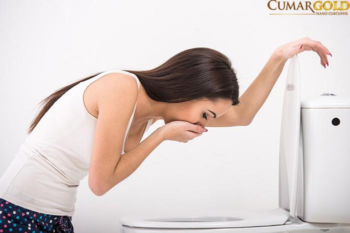 Triệu chứng buồn nôn ở người viêm hang vị