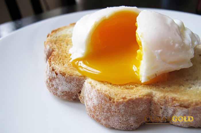 Trứng chưa nấu chín