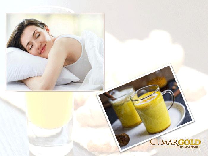 Uống tinh bột nghệ vào buổi tối giúp ngủ ngon hơn