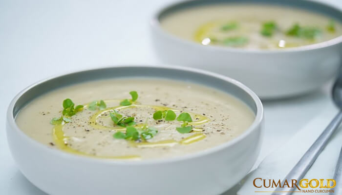 Canh, suop là những thực phẩm được khuyến cáo nên sử dụng cho người mắc viêm trợt hang vị.