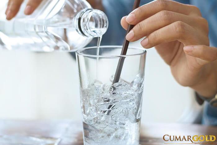 Bổ sung nước đầy đủ