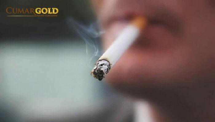 Hút thuốc lá dẫn tới bệnh lý viêm loét dạ dày tá tràng
