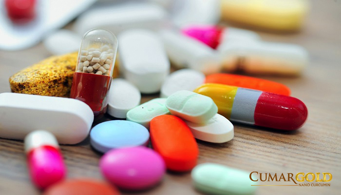Do lạm dụng thuôc kháng sinh