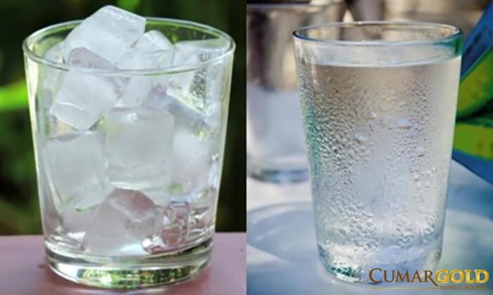 Đau dạ dày uống nước đá có thể khiến bệnh nhân thêm trở nặng.