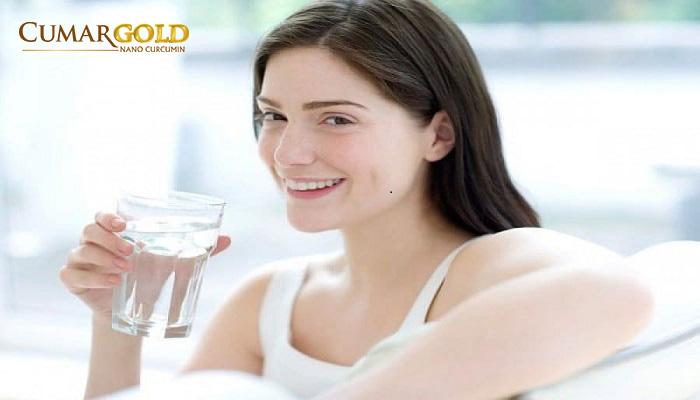 Bổ sung nước đầy đủ cho cơ thể