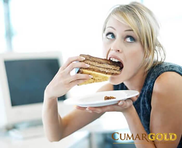Thói quen ăn uống thiếu lành mạnh gây ra bệnh viêm dạ dày tá tràng