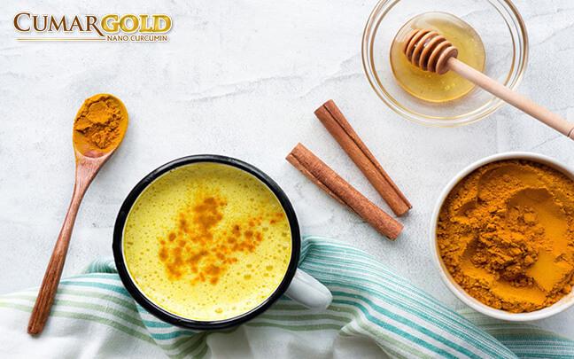 Chữa đau dạ dày bằng bằng tinh bột nghệ và mật ong