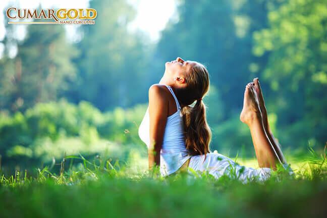 Hít thở sâu giúp kích thích quá trình co thắt dạ dày