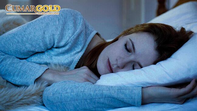 Ngủ sớm là một trong những cách phòng ngừa đau dạ dày tốt