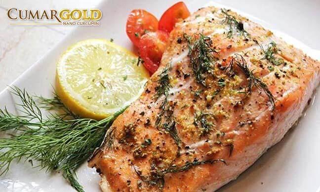 Cá hồi áp chảo là món ăn thơm ngon, bổ dưỡng cho người đau dạ dày